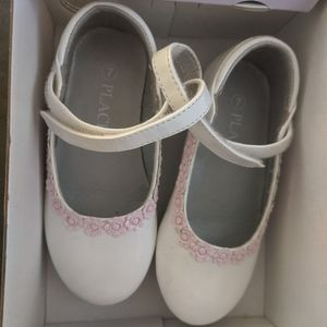 Little girl's dress shoes white mary janes